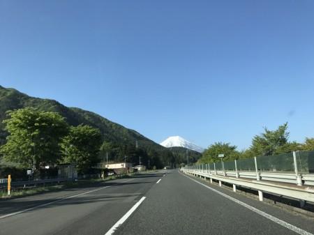 中央道で富士芝桜まつりへ