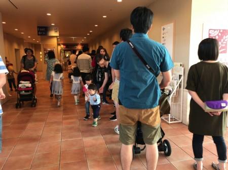 三井ガーデンホテルプラナ東京ベイ 朝食ビュッフェの行列