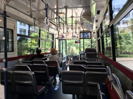 三井ガーデンホテルプラナ東京ベイ シャトルバス車内